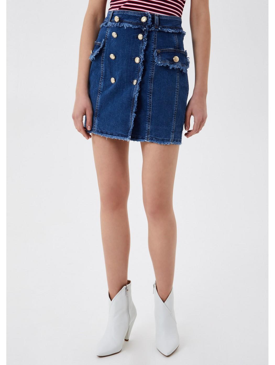 Minigonna di jeans con...
